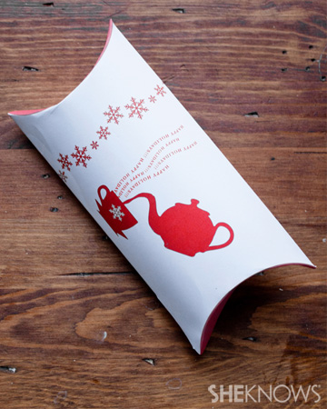 Holiday pillow box